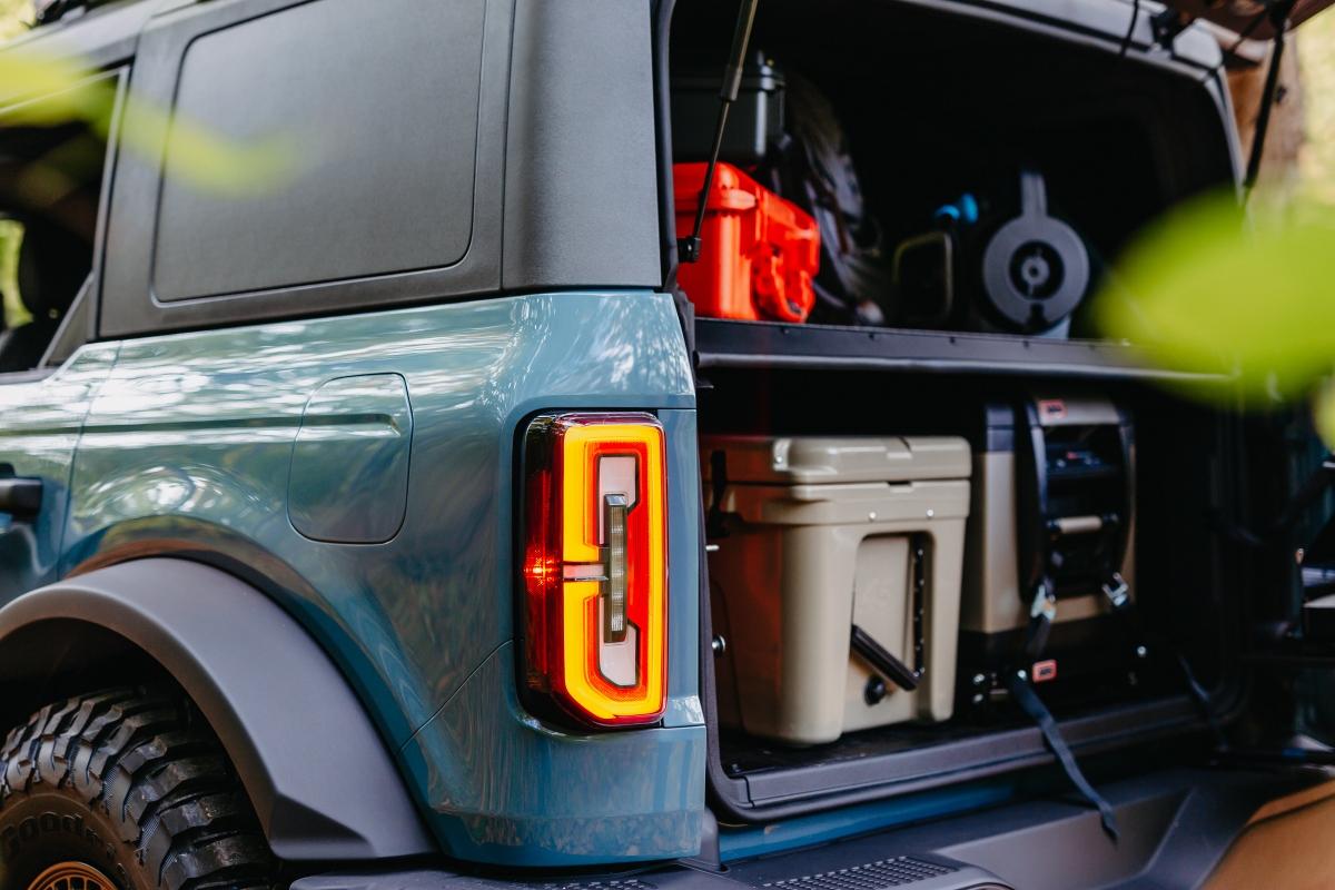 Ford Bronco mới sẽ được bán ra với giá khởi điểm từ 29.995 USD.
