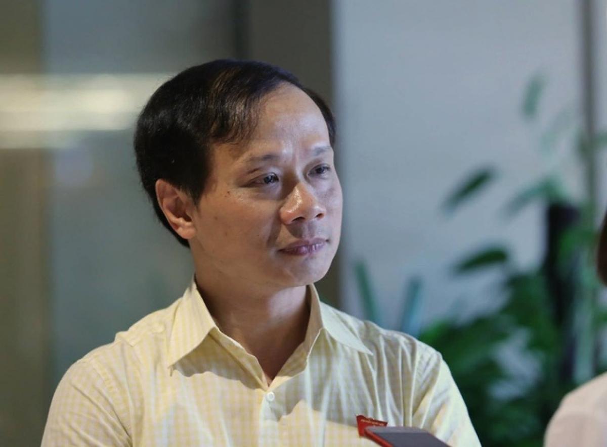 Phó Chủ nhiệm Ủy ban Văn hóa, Giáo dục, Thanh niên, Thiếu niên và Nhi đồng của Quốc hội Phạm Tất Thắng.