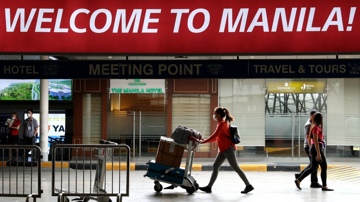 Từ 1/11, người nước ngoài có thị thực được phép nhập cảnh Philippines. Nguồn: CGTN
