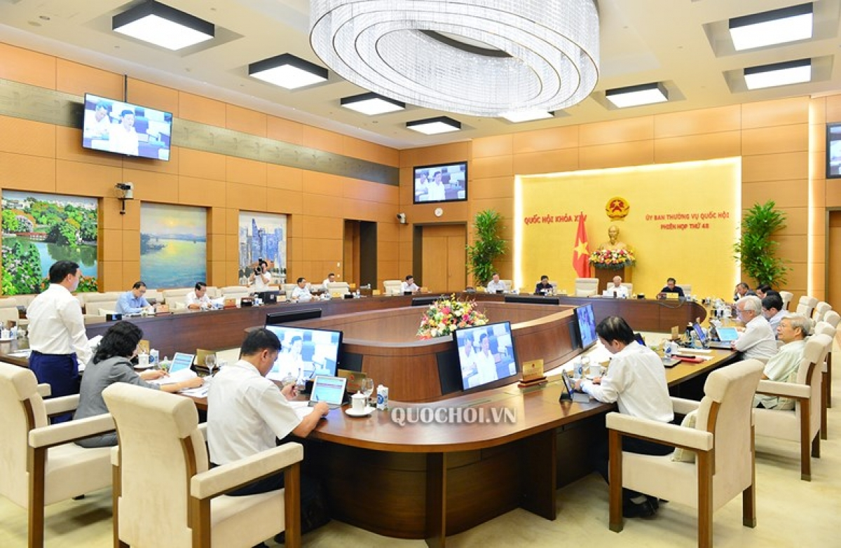 Phiên họp lần thứ 48 của Uỷ ban Thường vụ Quốc hội