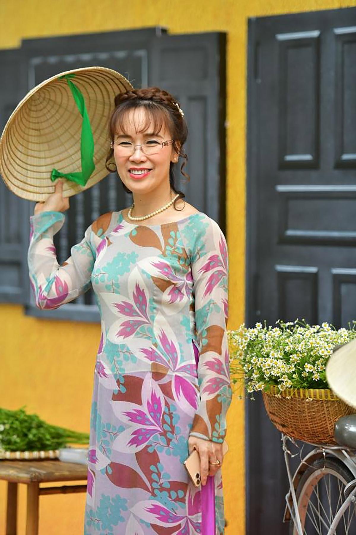 Nữ tỉ phú Nguyễn Thị Phương Thảo, người đã góp phần tạo ra Vietjet, hãng hàng không phục vụ người dân (Ảnh: H.Tài).