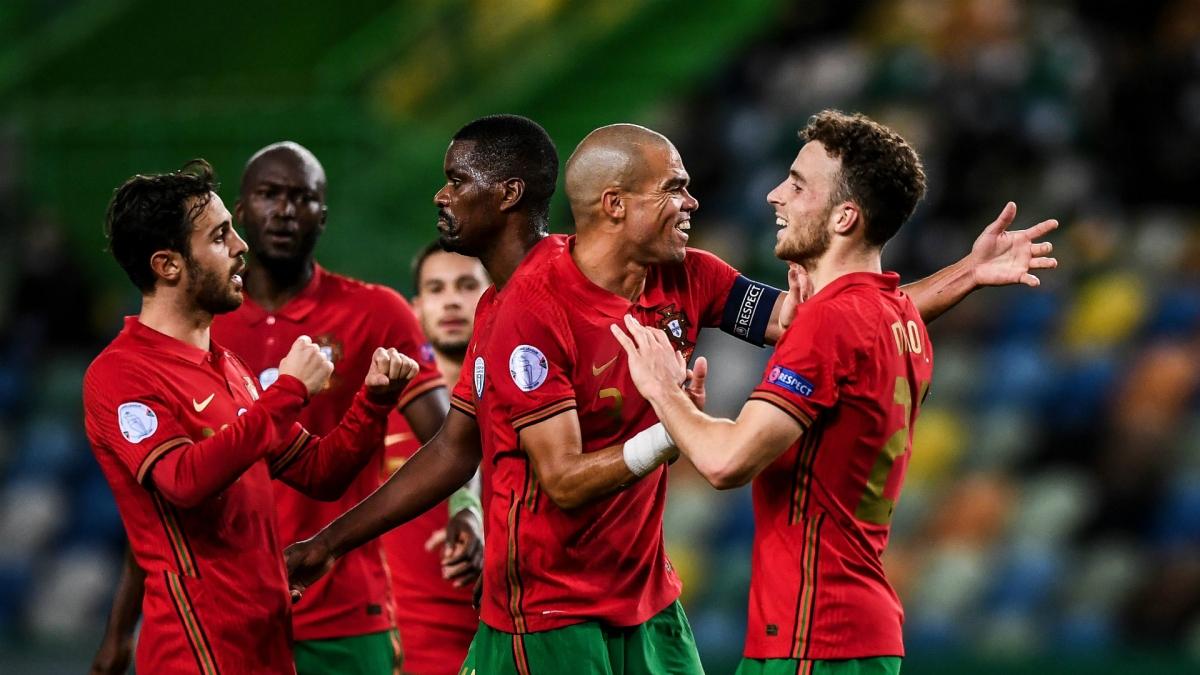 Không Ronaldo, Bồ Đào Nha vẫn đại thắng Thụy Điển (Ảnh: Getty).