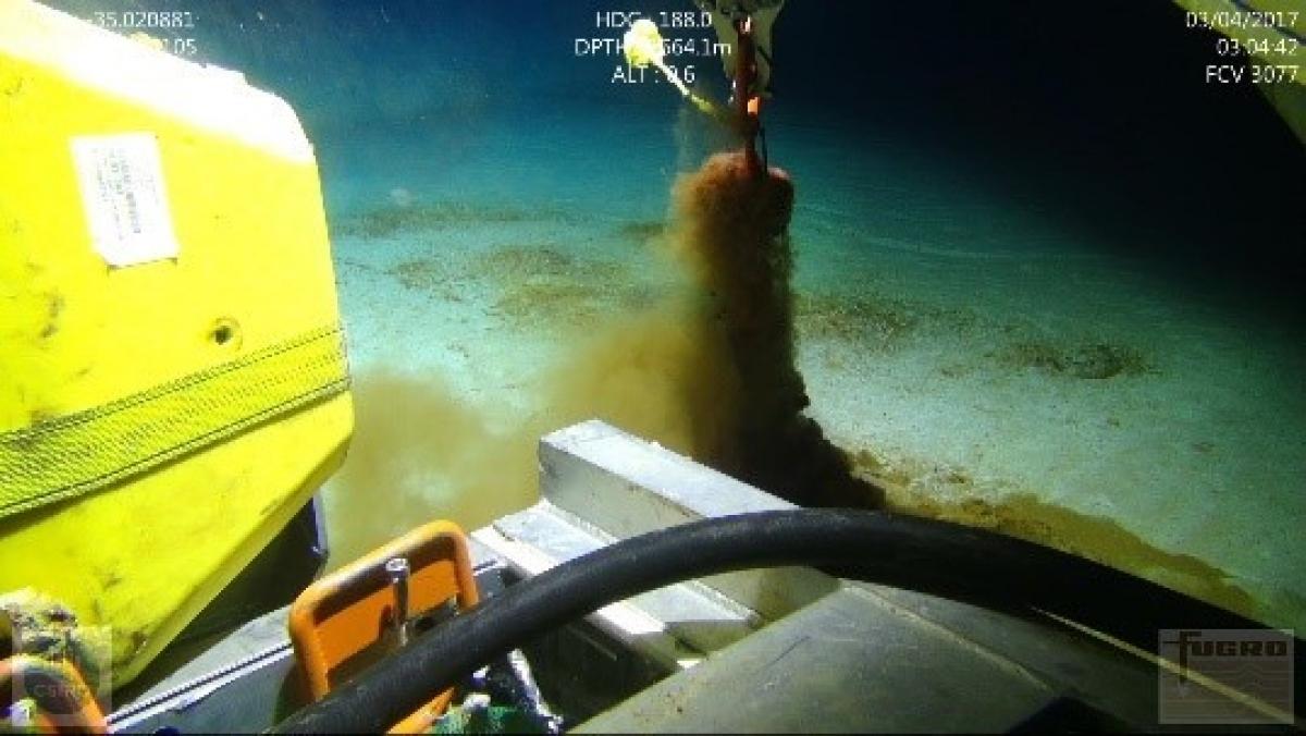 Robot đang lấy mẫu dưới đáy đại dương ngoài khơi bang Nam Australia. Nguồn CSIRO