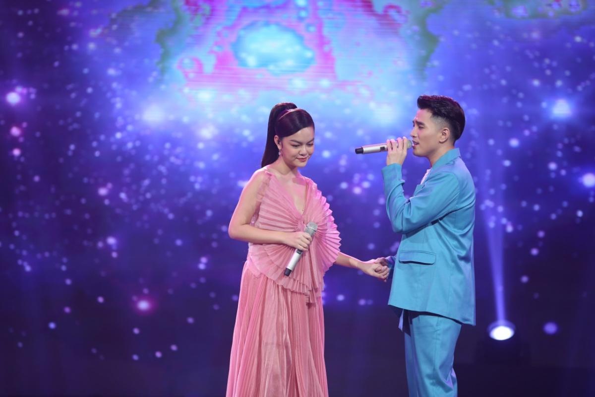 Ca sĩ Phạm Quỳnh Anh và Will