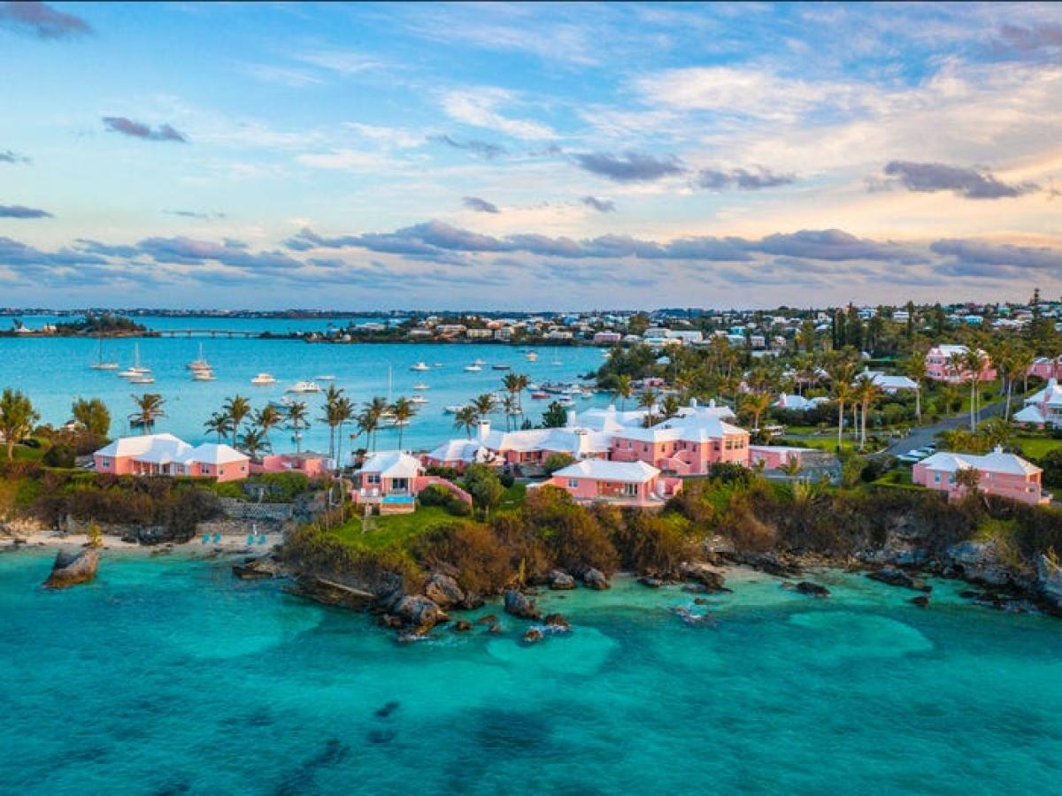 Bermuda chào đón cả người lao động và sinh viên tới cư trú. Nguồn: Cavan Images/Getty Images