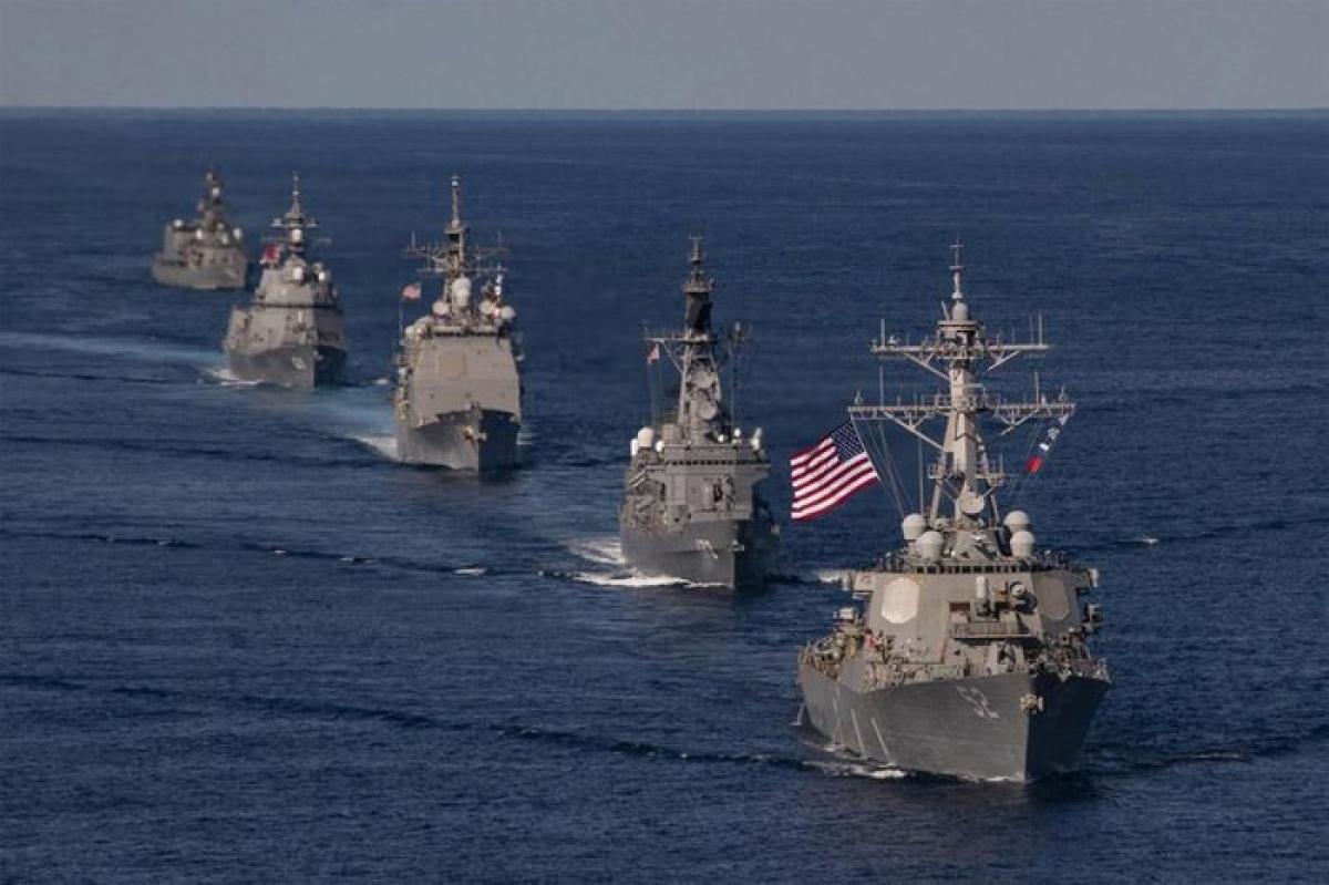 Tàu chiến của Mỹ và Nhật Bản tham gia tập trận. Ảnh: Hải quân Mỹ.