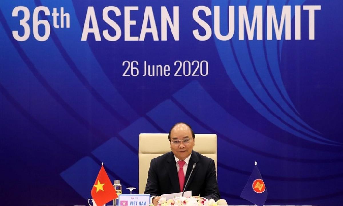 Thủ tướng Nguyễn Xuân Phúc chủ trì Hội nghị cấp cao ASEAN 36 được tổ chức bằng hình thức trực tuyến. Ảnh:asean2020.vn.