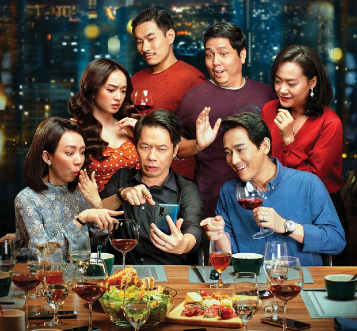 """""""Tiệc trăng máu"""" sở hữu mức doanh thu ấn tượng, cho thấy sự phục hồi mạnh mẽ của điện ảnh Việt sau dịch Covid-19."""