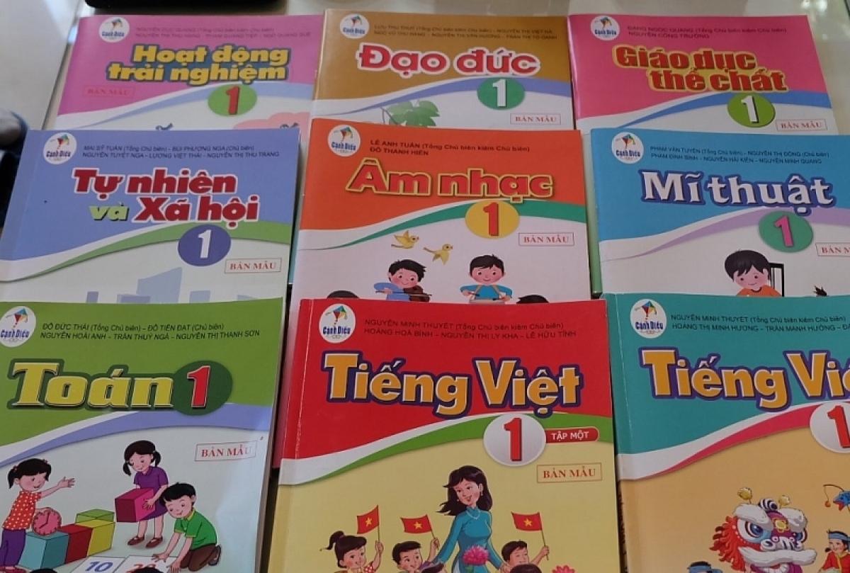 Sách giáo khoa lớp 1 cho chương trình giáo dục phổ thông mới.