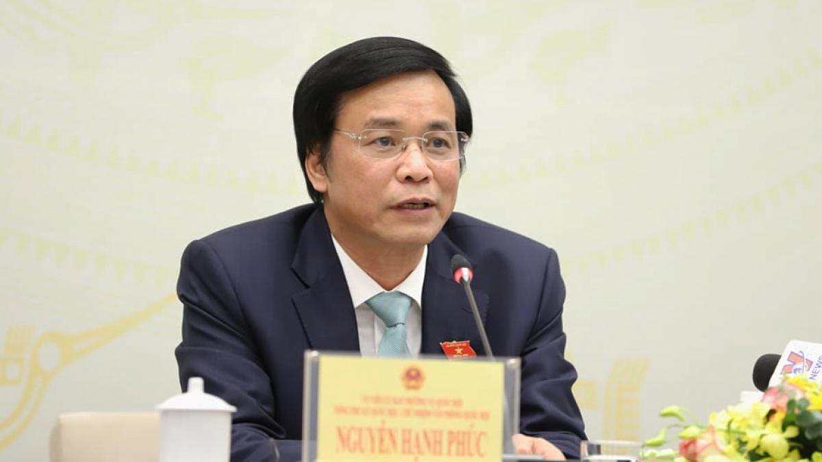 Tổng Thư ký Nguyễn Hạnh Phúc cho biết, Quốc hội sẽ dành phút mặc niệm tưởng nhớ Đại biểu Quốc hội Nguyễn Văn Man hy sinh khi làm nhiệm vụ