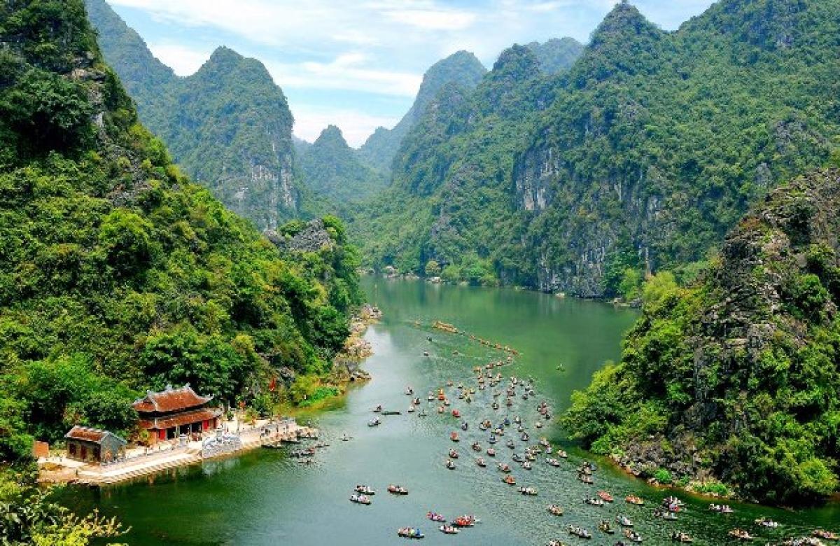 UNESCO-recognized Trang An Landscape Complexin Ninh Binh province