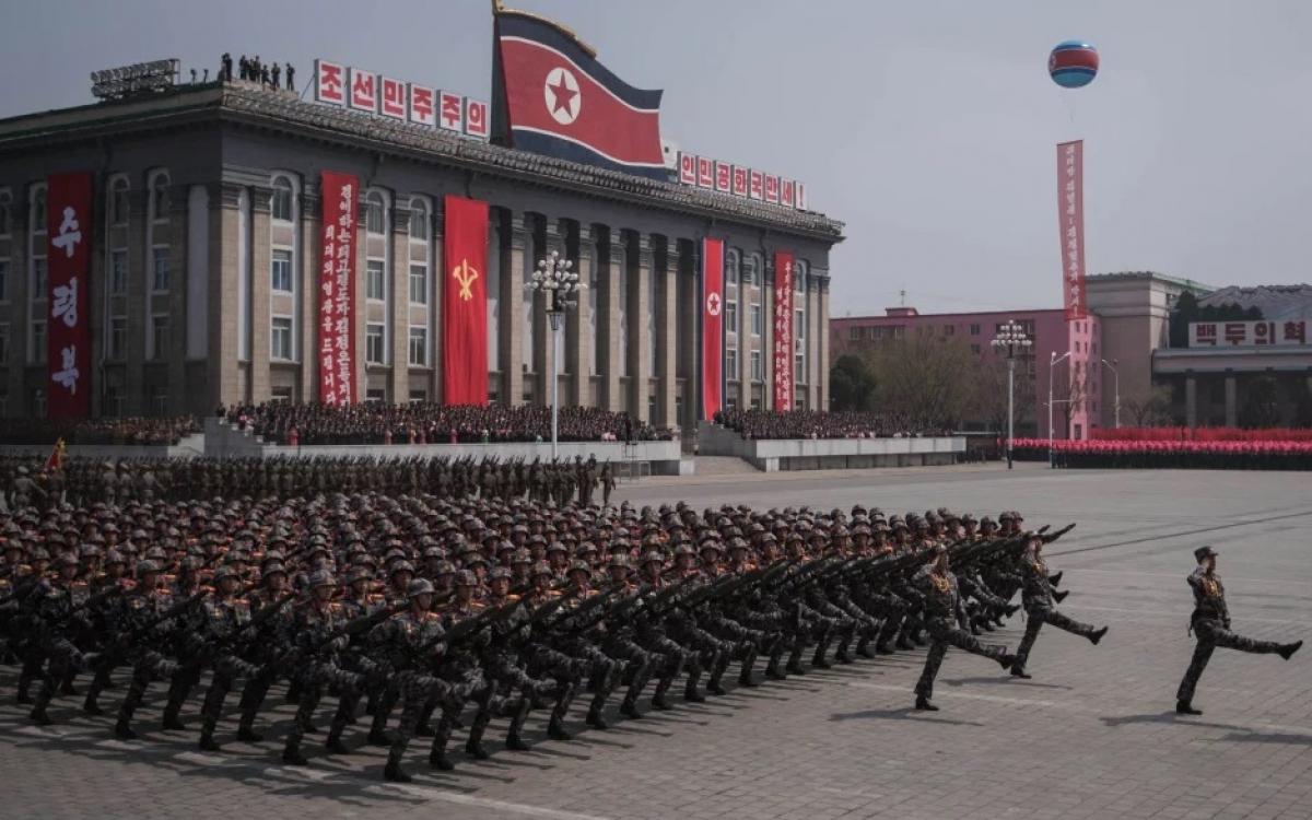Duyệt binh của quân đội Triều Tiên. Ảnh: Time.