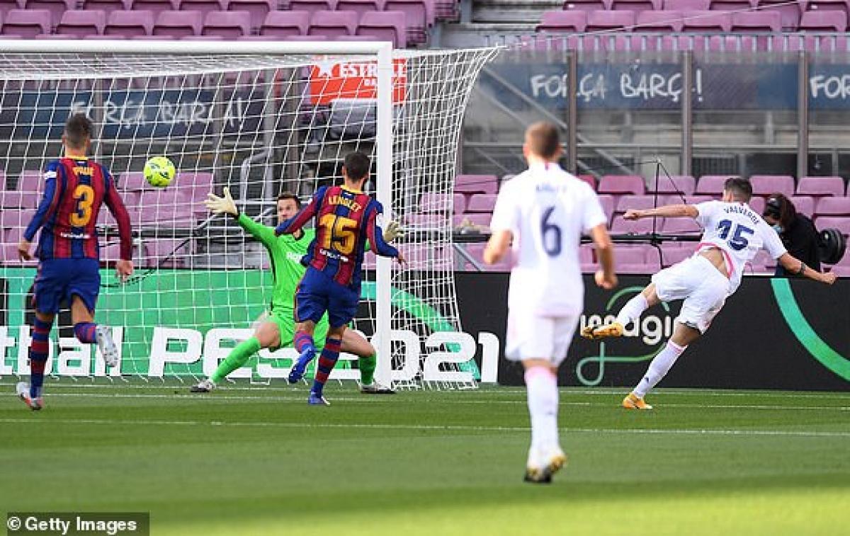 Tình huống Valverde mở tỷ số cho Real. (Ảnh: Getty).