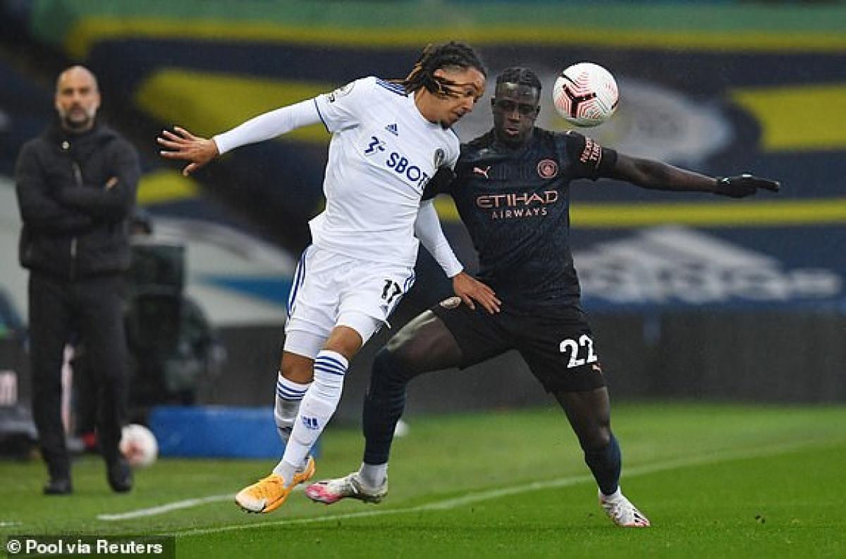 Leeds cuối cùng đã phải nhận bàn thua đầu tiên trước Man City. (Ảnh: Reuters).