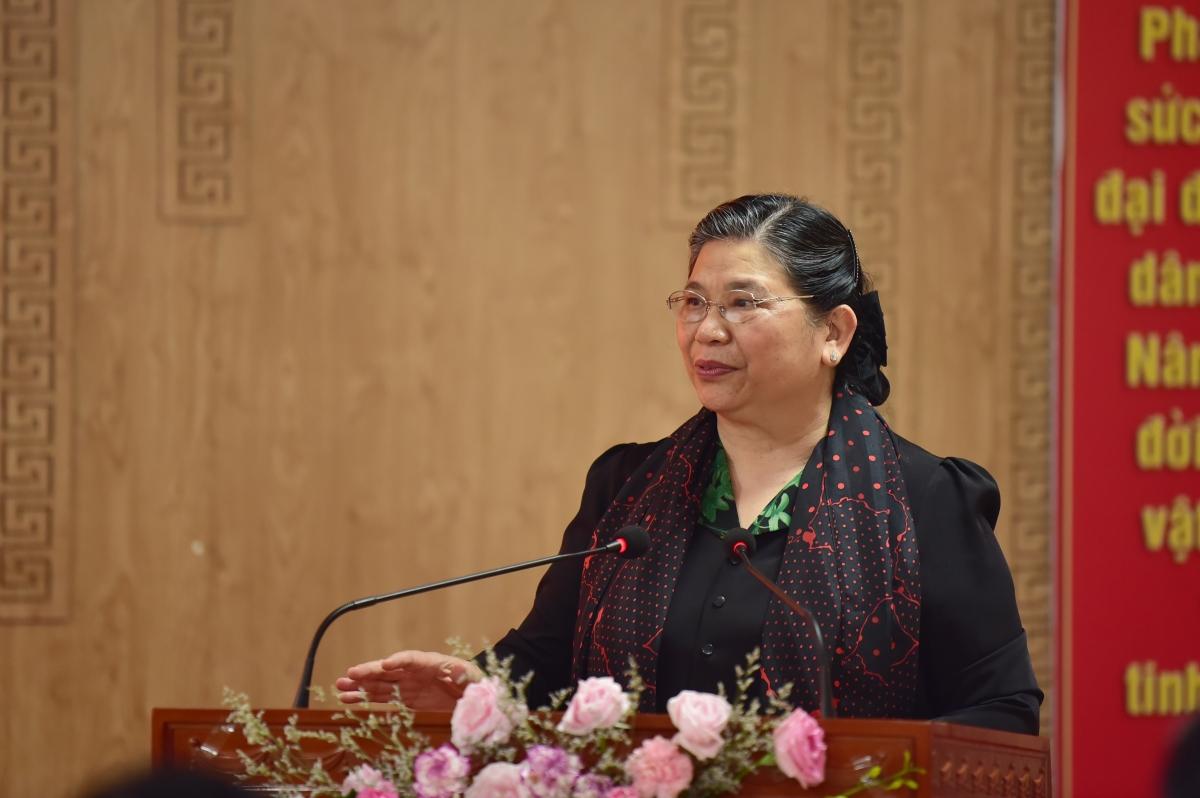 Phó Chủ tịch Quốc hội Tòng Thị Phóng đề nghịtỉnh Sơn La cần nghiên cứu kỹ phương án mở rộng và nâng cấp bệnh viện góp phần nâng cao chất lượng chăm sóc sức khỏe cho nhân dân và đảm bảo an sinh xã hội trên địa bàn.