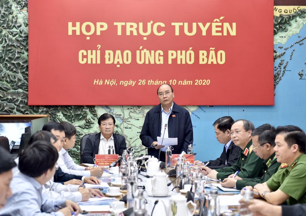 Thủ tướng Nguyễn Xuân Phúc chỉ đạo cuộc họp