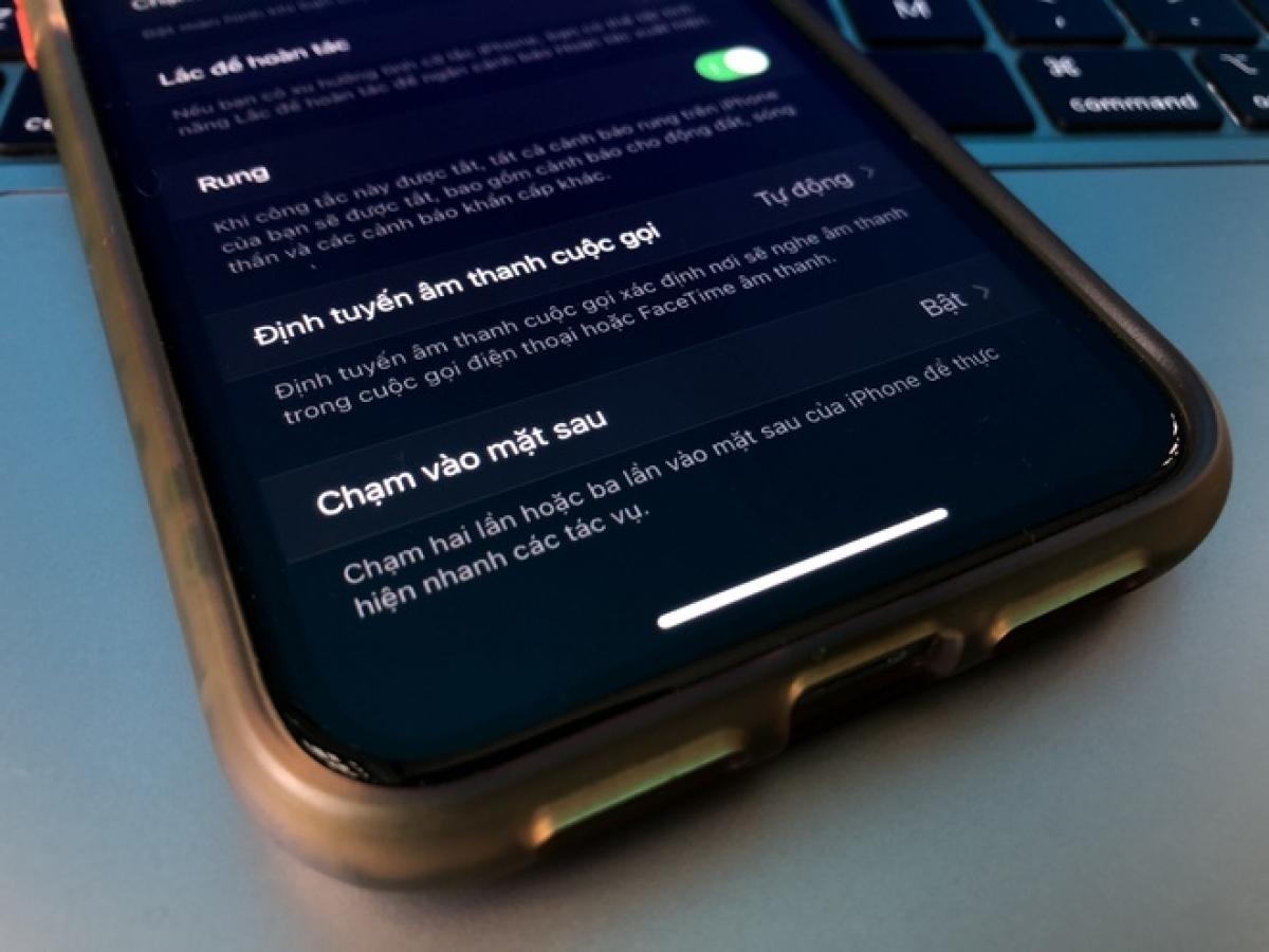 Tính năng mới trên iOS 14 cho phép kích hoạt nhanh các thao tác bằng cách chạm vào mặt lưng.