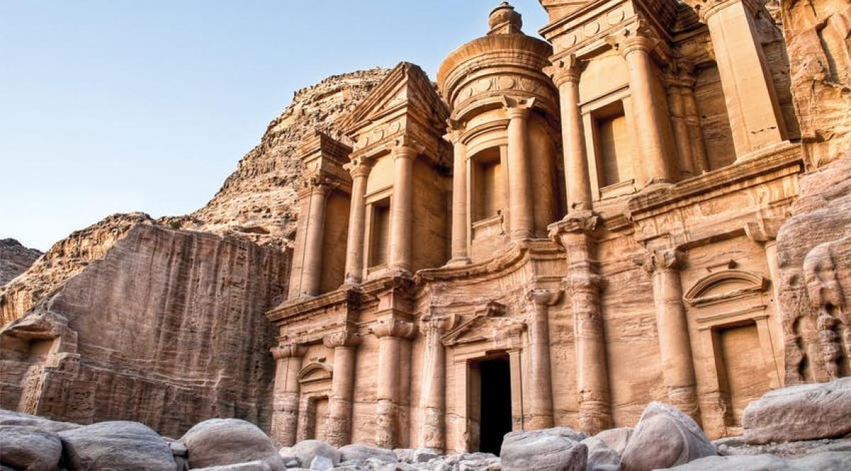 """Di tích mang tên """"Kho báu"""" tại Petra"""