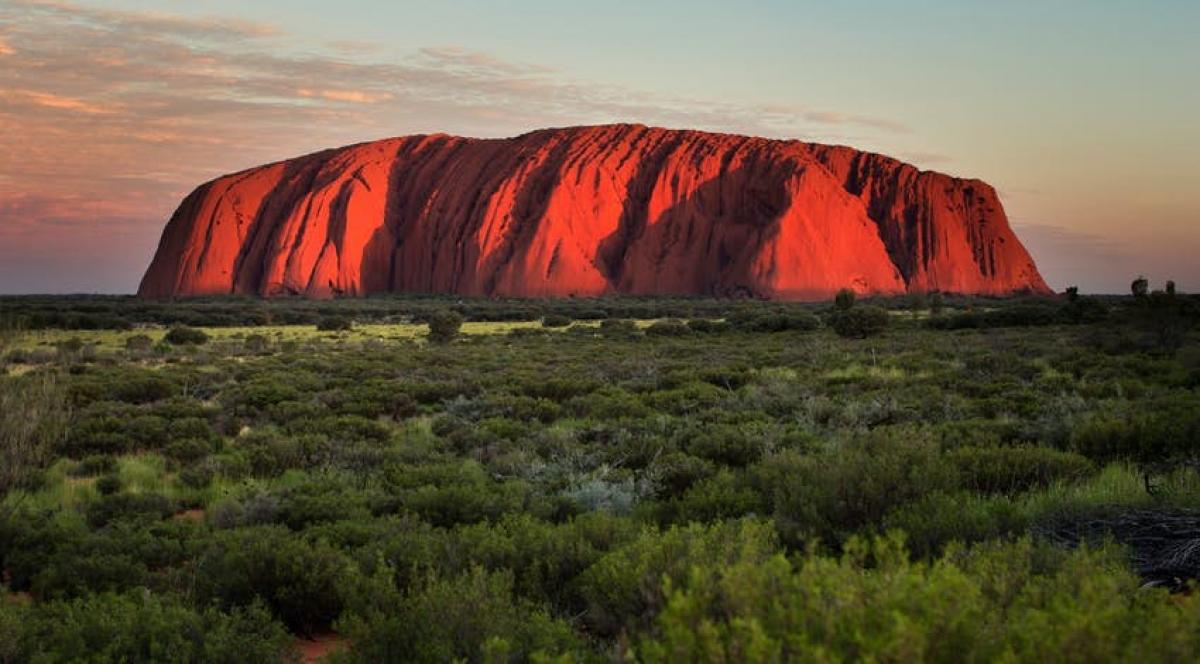 Núi đá Uluru