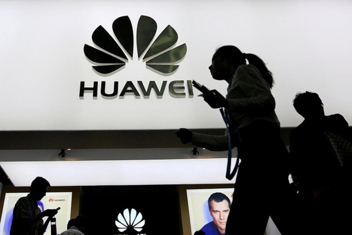 Huawei bị nằm trong danh sách cấm mà PTS ban hành mới đây - ẢNH: REUTERS