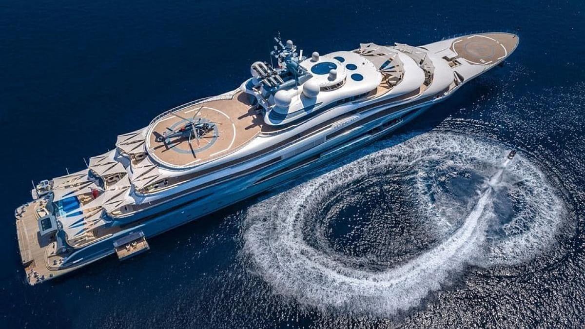 Giá thuê du thuyền này lên tới gần 4 triệu USD/tuần ((tương đương hơn 90 tỷ đồng).