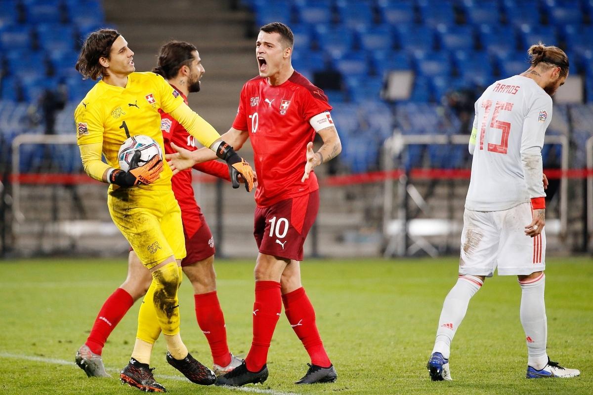 Thủ môn: Yann Sommer (Thụy Sĩ 1-1 Tây Ban Nha) – 9,6 điểm