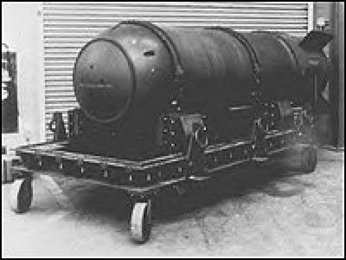 """Bom nguyên tử Mark 15, tương tự quả bom bị đánh """"mất"""" gần bờ biển Canada; Nguồn: npr.org"""