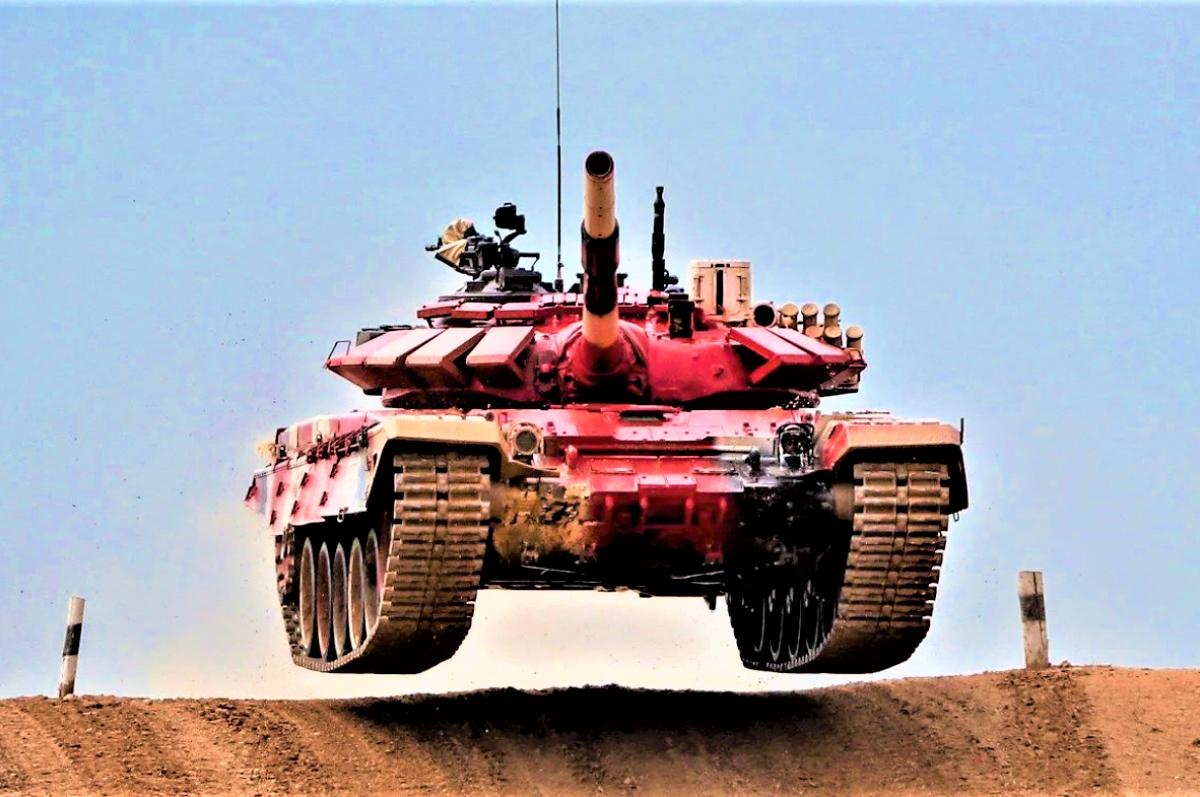 Mỹ và Nga đều đang phát triển xe tăng chiến đấu chủ lực cho tương lai; Nguồn: NI