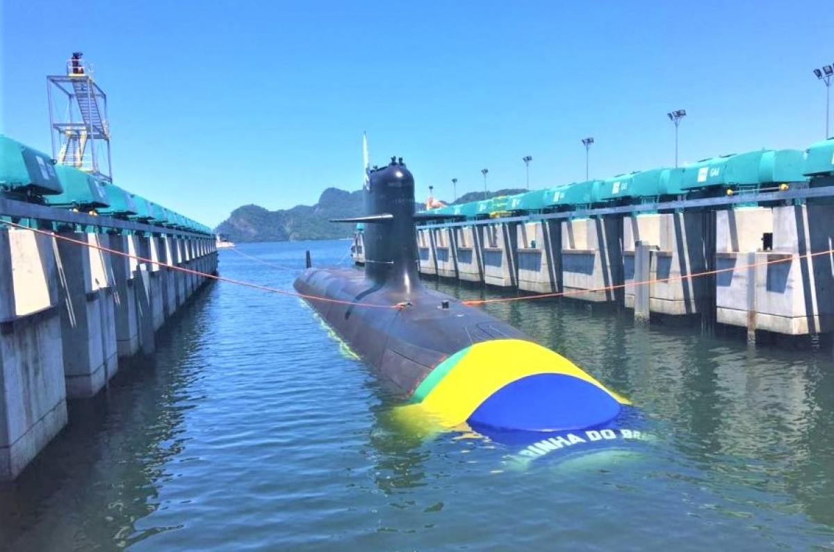 """Chiếc Scorpène S40 """"Riachuelo"""" đầu tiên của Brazil; Nguồn: navyrecognition.com"""