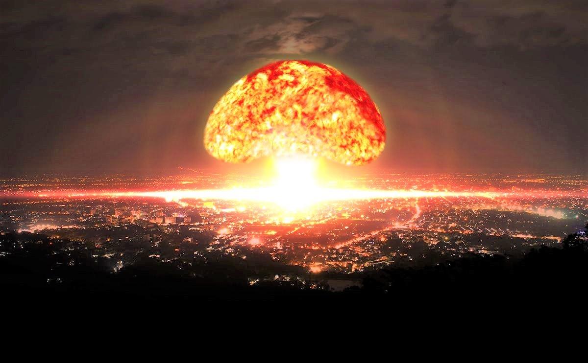 Trong thời kỳ Chiến tranh Lạnh, vì lý do khác nhau, nhiều lần nhân loại cận kề bờ vực chiến tranh hạt nhân hủy diệt; Nguồn: shutterstock metro.co.uk