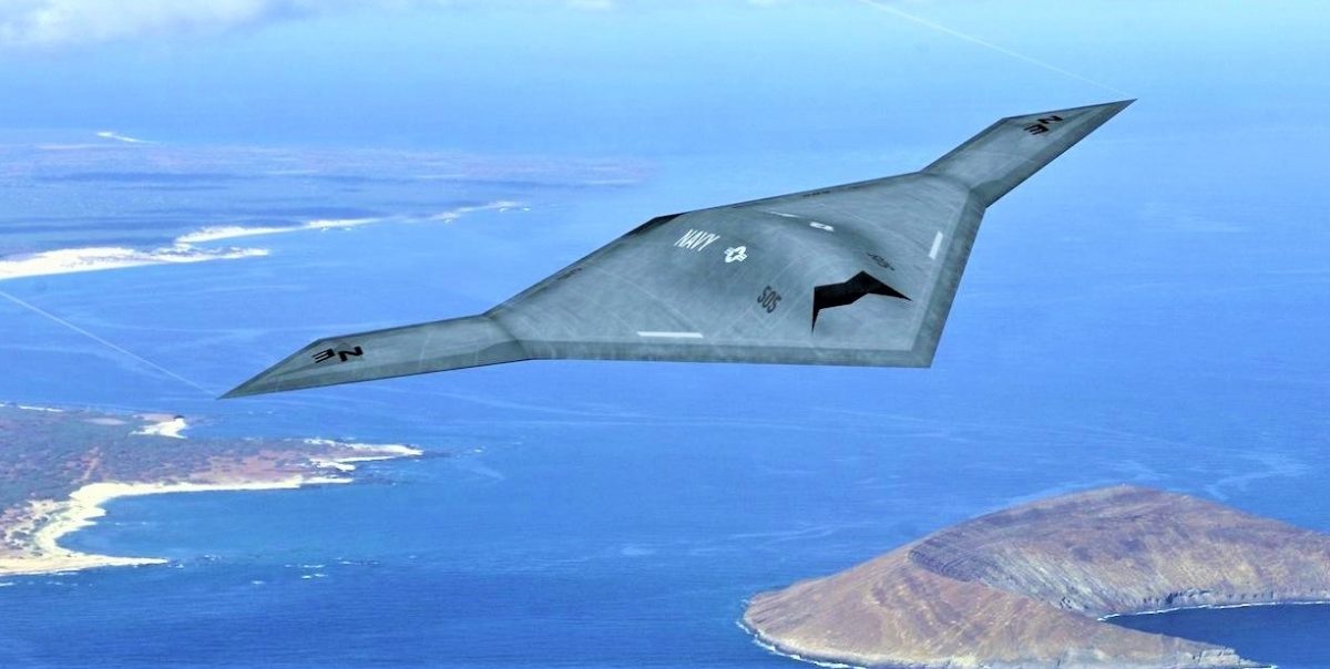 Chiếc X-47B không người lái của Hải quân Mỹ; Nguồn: slashgear.com