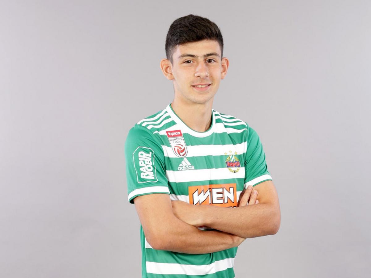 Yusuf Demir (Rapid Wien -ngày sinh 2/6/2003) - Tiền đạo trẻ này có trận ra mắtRapid Wien ở đấu trường Europa League vào ngày 15/9/2020. Dù chỉ xuất hiện trên sân 17 phút, anh đã kịp có cho mình 1 bàn thắng.