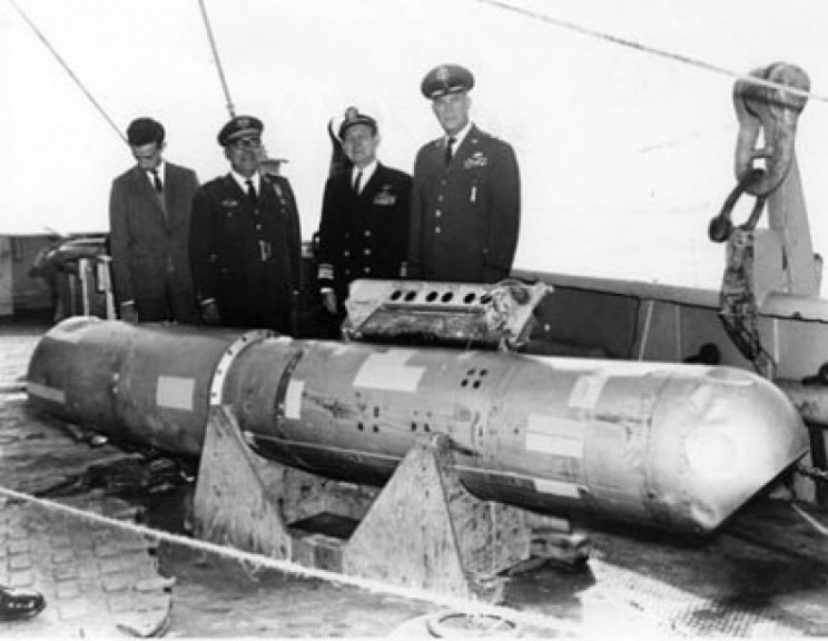 Bom nhiệt hạch B28FI - loại đang bị mất tích ở Greenland; Nguồn: interestingengineering.com