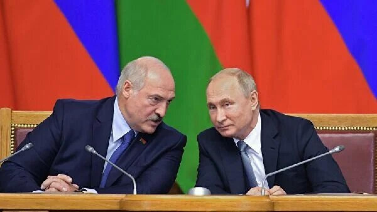 Tổng thống Belarus A.Lukashenko và Tổng thống Nga V.Putin. (Nguồn: Rianovosti)