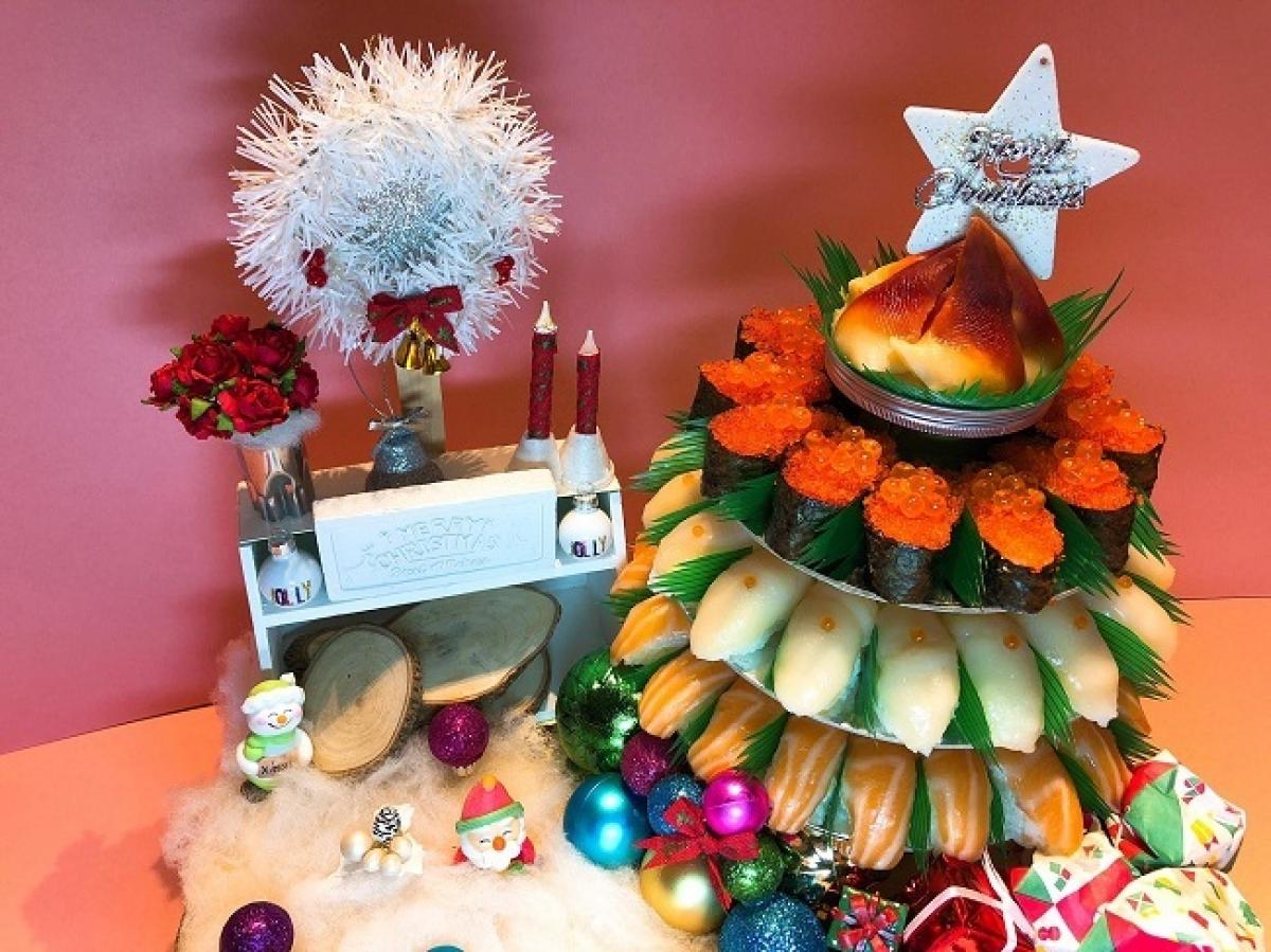 Ngoài những bó hoa, các món ăn có thể tạo nên chiếc bánh sushi.