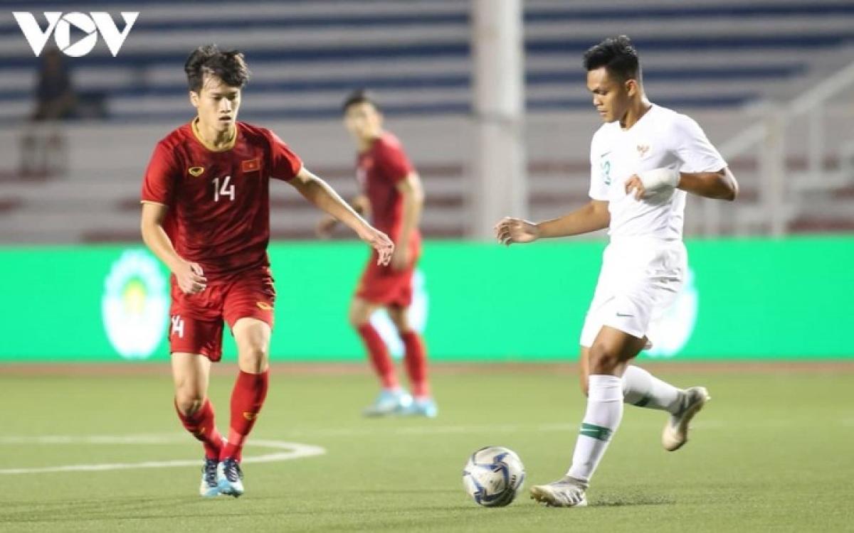 Nguyễn Hoàng Đức (Viettelsinh năm 1998) - Cũng như Đức Chiến, Hoàng Đức tham dự SEA Games 30 và U23 châu Á 2020 với vai trò trụ cột. Anh cũng là thành viên Viettel vô địch V-League 2020. Tuy nhiên khác với người đồng đội ở CLB, Hoàng Đức đã được gọi lên ĐT Việt Nam vài lần và anh thậm chí đã ra mắt ĐT Việt Nam trong trận đấu với UAE ở vòng loại World Cup 2022.