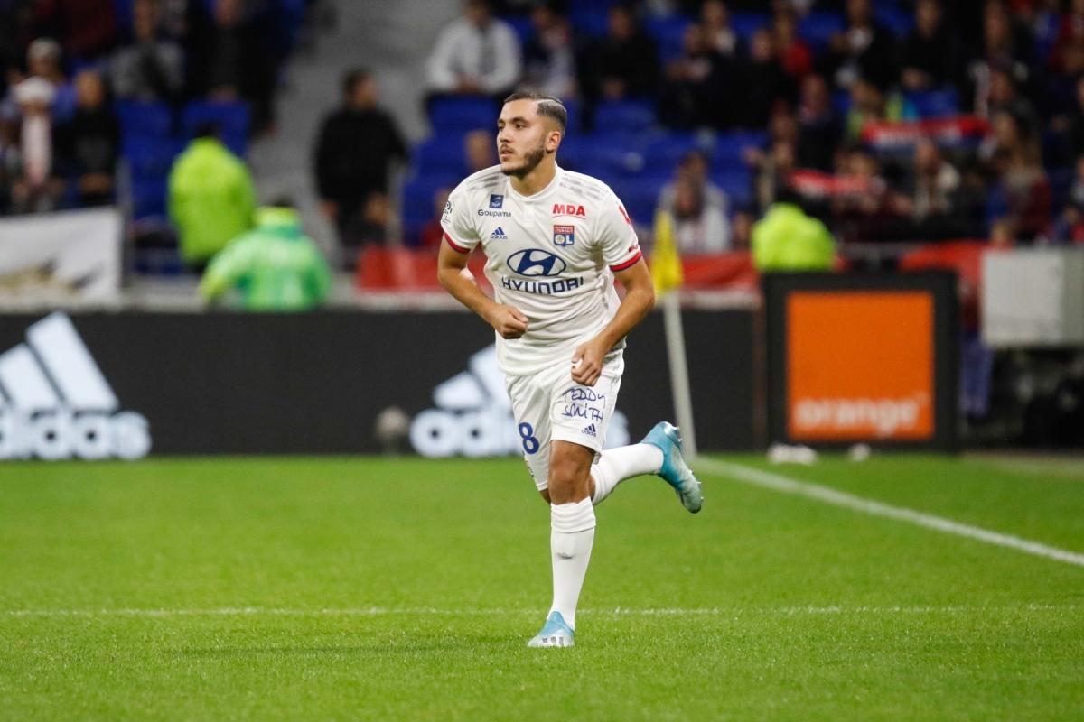 Rayan Cherki(Lyon - ngày sinh 17/8/2003) - Từ tháng 11/2019, Cherki đã có màn ra mắt Champions League trong màu áo Lyon khi mới 16 tuổi 3 tháng. Mùa này, khi Lyon không được dự Cúp châu Âu, Cherki cũng đã kịp có 7 lần ra sân ở Ligue 1.