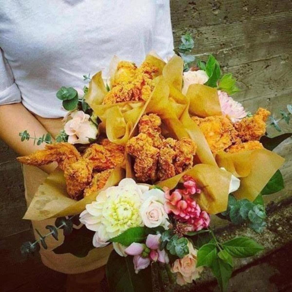 Các bó hoa từ đồ ăn trông rất bắt mắt.