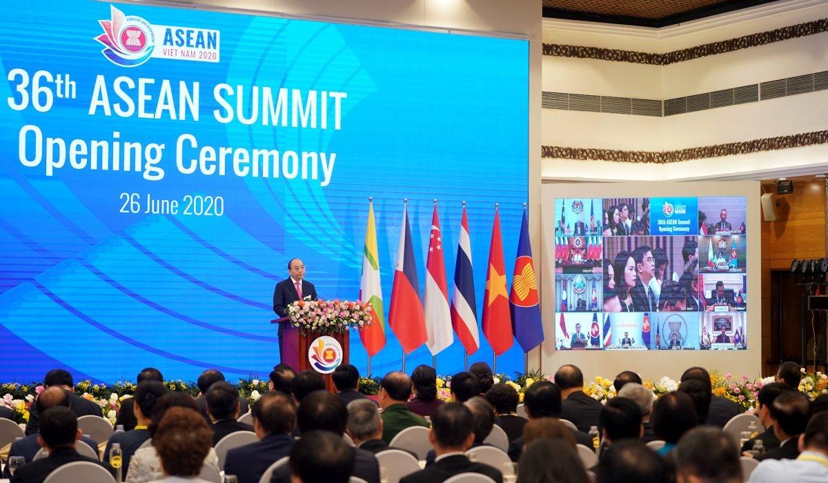 Thủ tướng Nguyễn Xuân Phúc phát biểu khai mạc Hội nghị Cấp cao ASEAN 36.