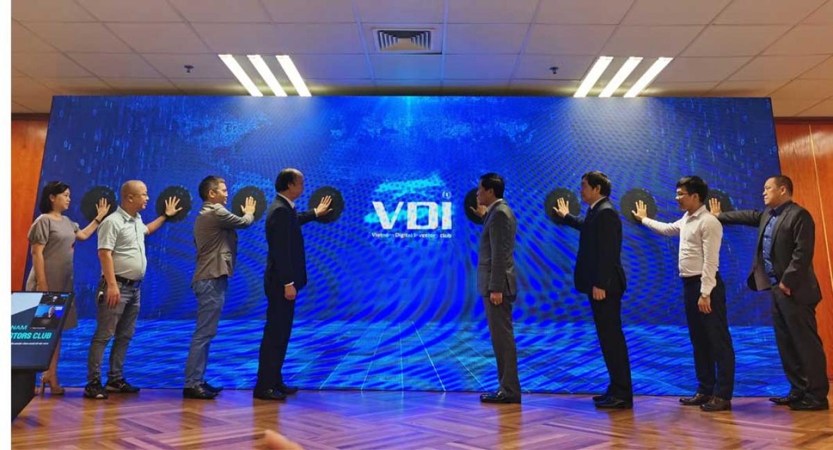 Câu lạc bộ Đầu tư khởi nghiệp công nghệ chính thức ra mắt ngày 26/11