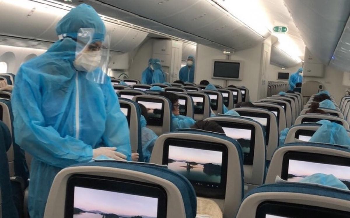 Bên trong khoang máy bay dùng để đưa công dân Việt về nước trước đây. Ảnh: Bộ Ngoại giao.