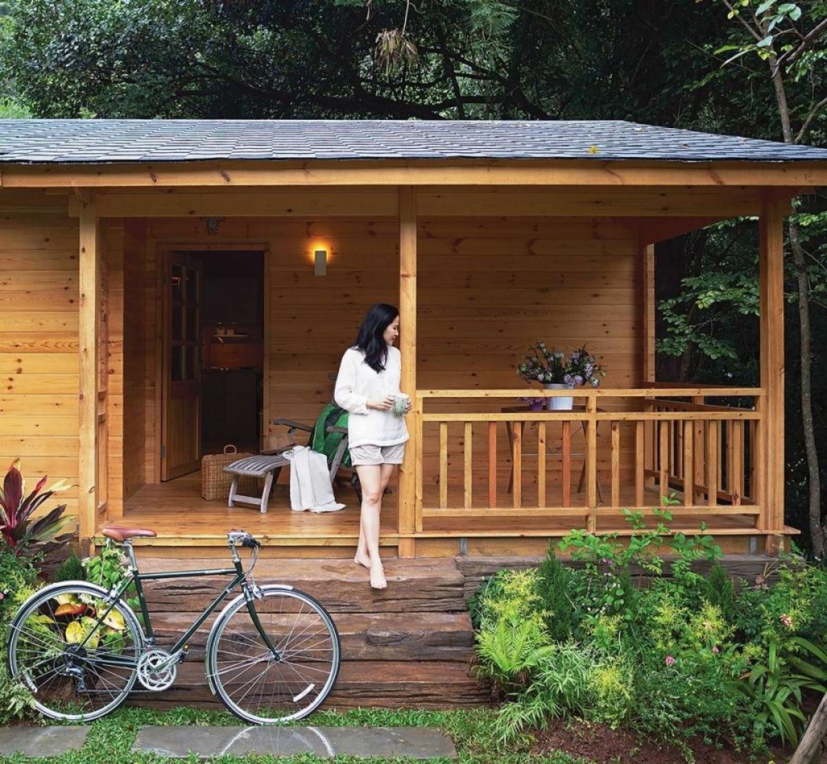 Chủ nhân căn nhà gỗ này hẳn là người rất yêu thiên nhiên.