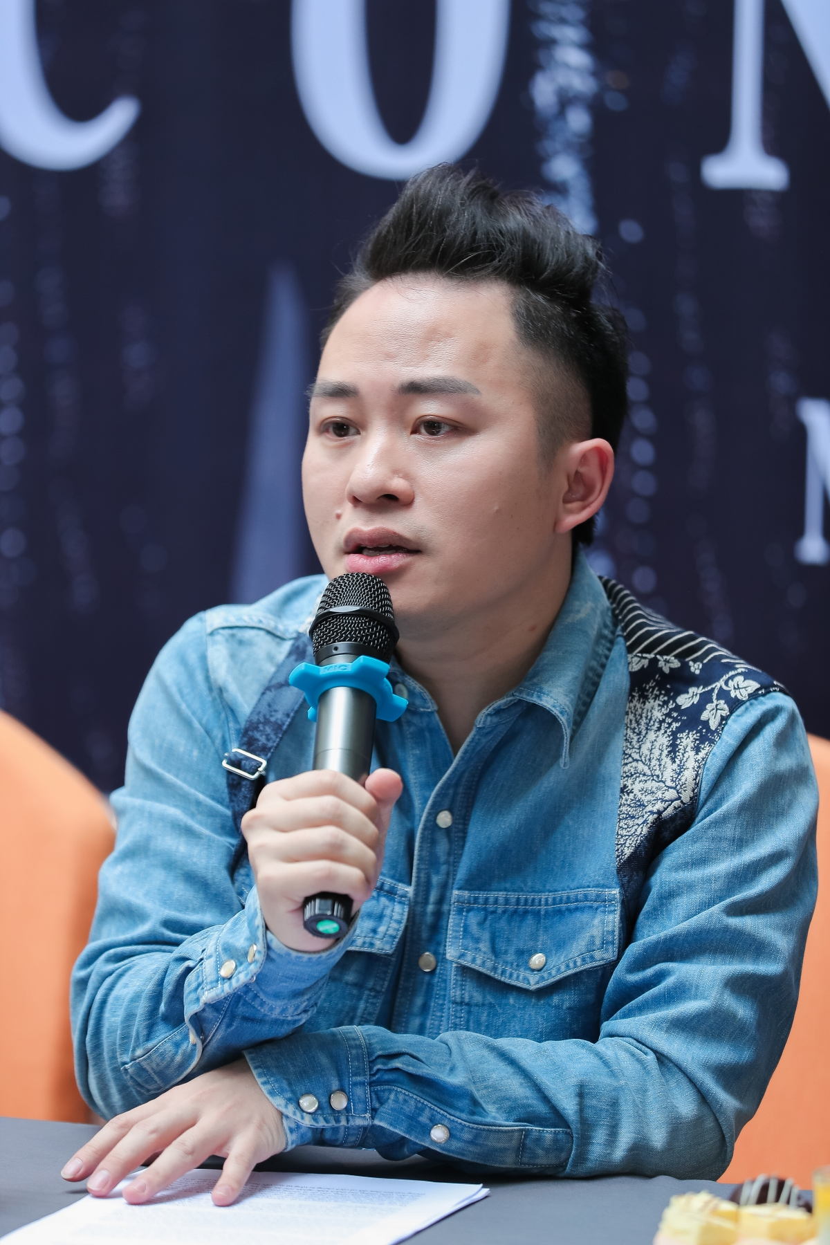 Ca sĩ Tùng Dương.(Ảnh: Hòa Nguyễn)