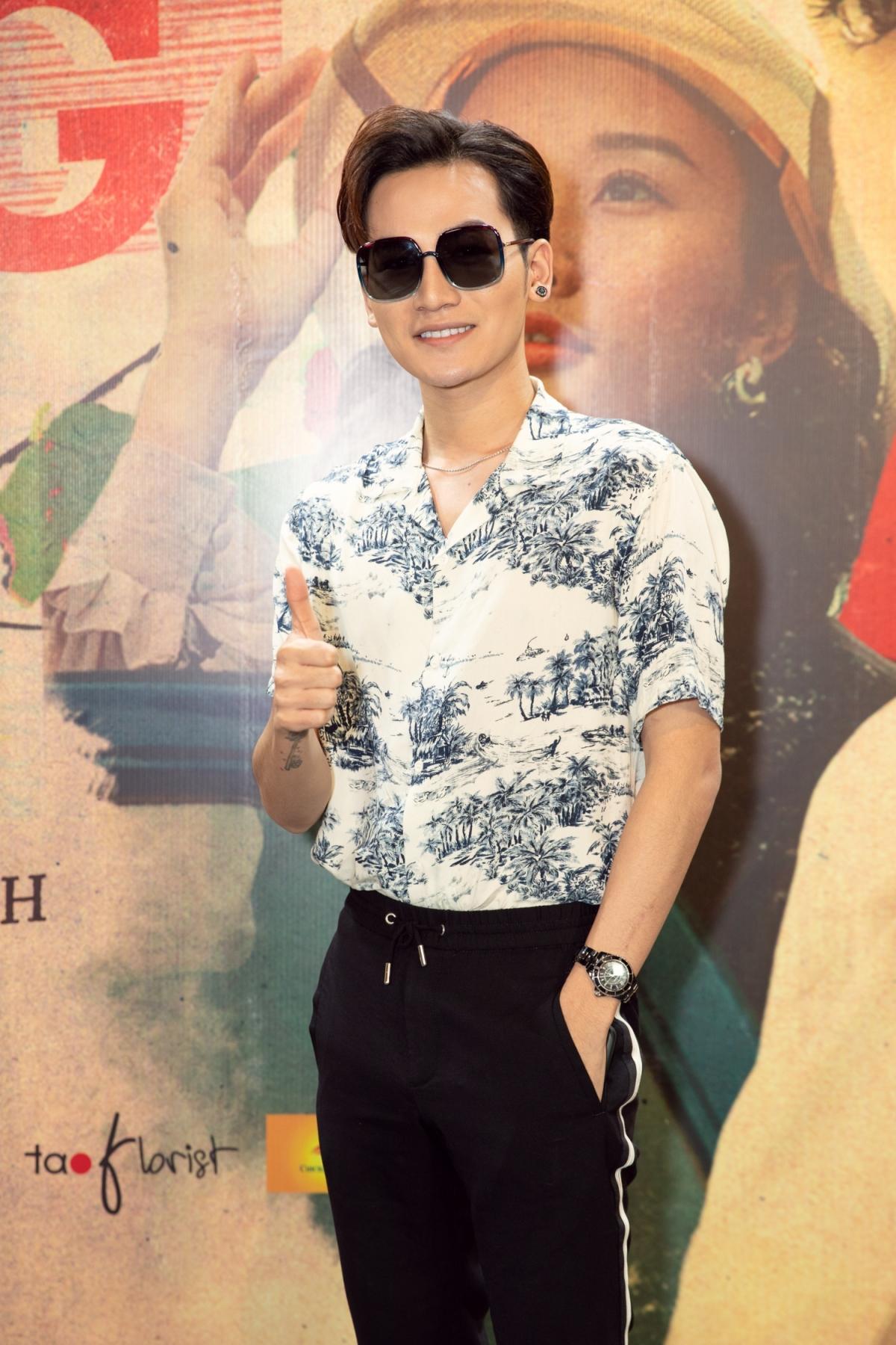 Nam ca sĩ Ali Hoàng Dương lại bày tỏ mong muốn sản phẩm mới của Hiền Hồ sẽ lọt Top Trending vì rất nể tâm huyết của ê-kíp. Ali Hoàng Dương cũng chia sẻ, anh rất choáng ngợp trước sự đầu tư về kịch bản, hình ảnh, quá trình sản xuất của dự án.