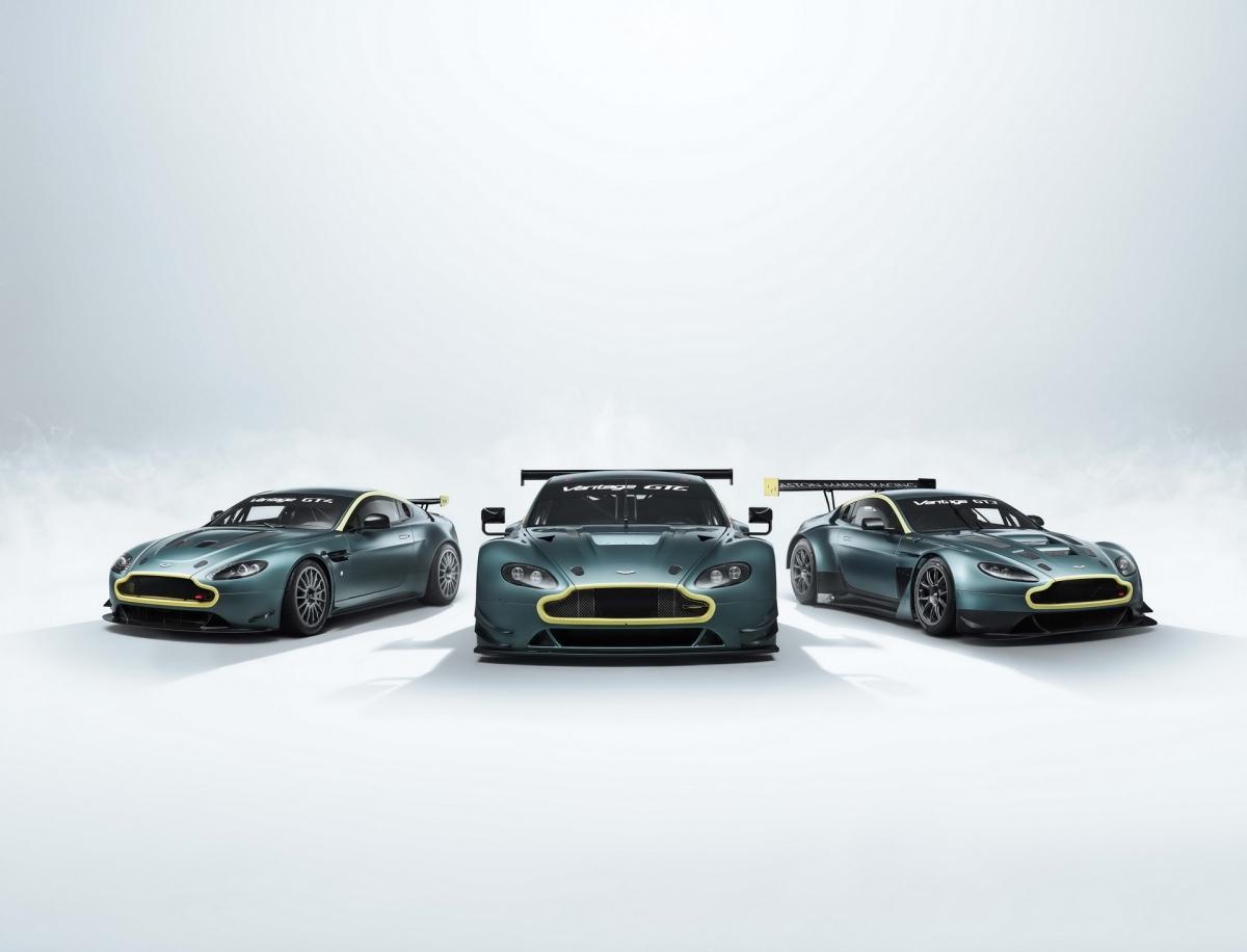 """Bộ sưu tập """"Legacy"""" này sẽ bao gồm ba chiếc xe đua V8 Vantage GTE, Vantage GT3 và Vantage GT4. Tất cả những chiếc xe này đều sẽ được sản xuất bởi bộ phận xe đua Aston Martin Racing, giống hoàn toàn với những chiếc xe được sử dụng trước đây, từ các chi tiết cơ khí đến ngoại thất, nội thất. Khách hàng có thể giữ bộ ba này trong bộ sưu tập hoặc đem chúng trải nghiệm đường đua trên khắp thế giới."""