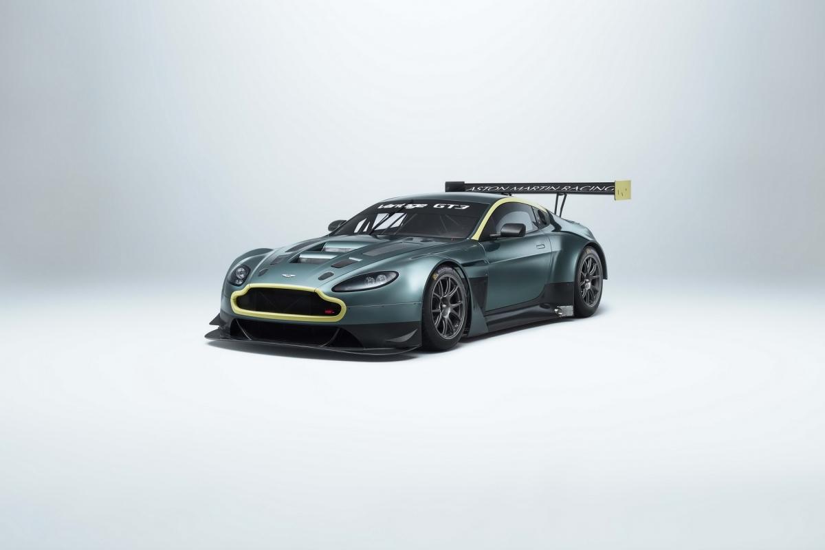 Aston Martin tung ra V12 Vantage GT3 vào năm 2012 và ngay sau đó, chiếc xe giành được danh hiệu vô địch giải đầu tiên vào năm 2013. Sau đó, nó tiếp tục giành thêm ba danh hiệu khác vào năm 2015, 2016 và 2018 trước khi được thay thế bằng Vantage GT3 thế hệ mới vào năm ngoái. Có tất cả 46 chiếc được sản xuất và chiếc cuối cùng lăn bánh khỏi nhà máy là vào năm 2017.
