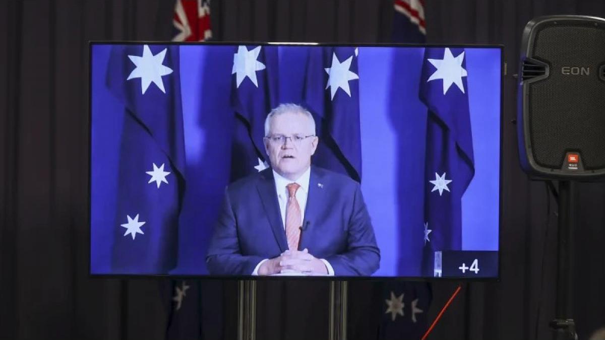 Thủ tướng Australia Scott Morrison tổ chức họp báo trực tuyến để phản đối dòng tweet của người phát ngôn Bộ Ngoại giao Trung Quốc Triệu Lập Kiên. Nguồn: ALEX ELLINGHAUSEN