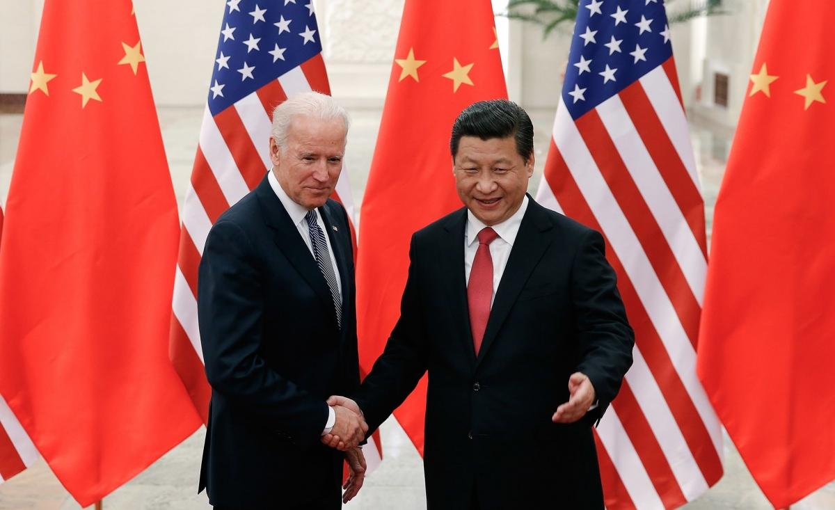 Ông Joe Biden và ông Tập Cận Bình trong một cuộc gặp hồi năm 2013. Ảnh: Getty.