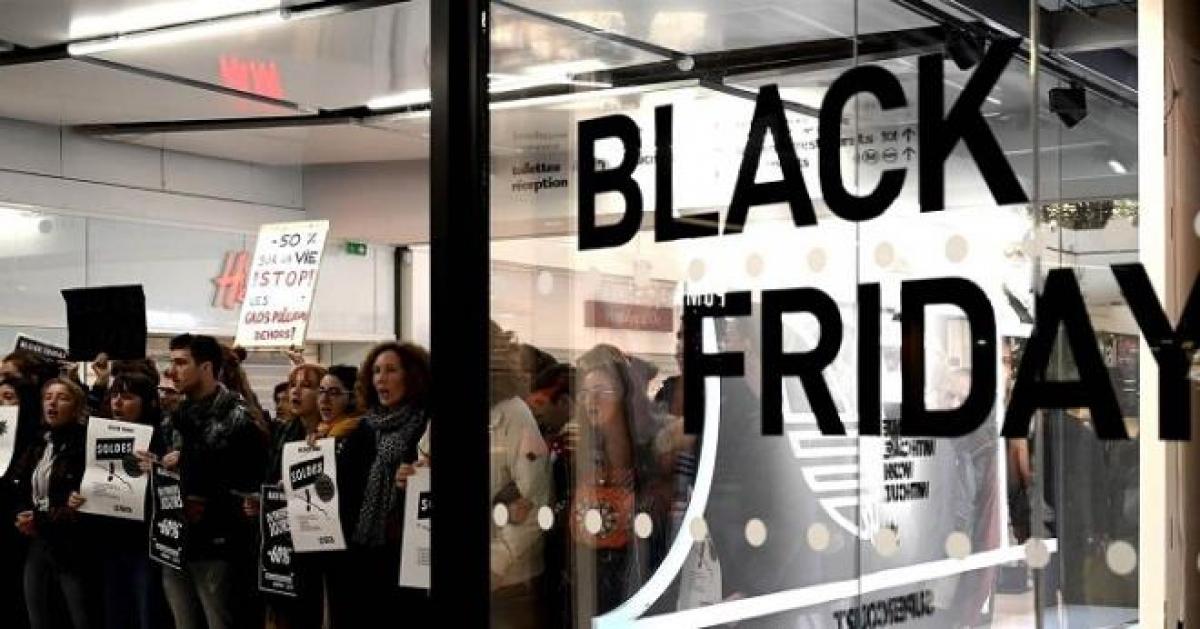 Đại dịch COVID-19 tác động không nhỏ tới sự kiện Black Friday 2020. (Ảnh: Business Insider).