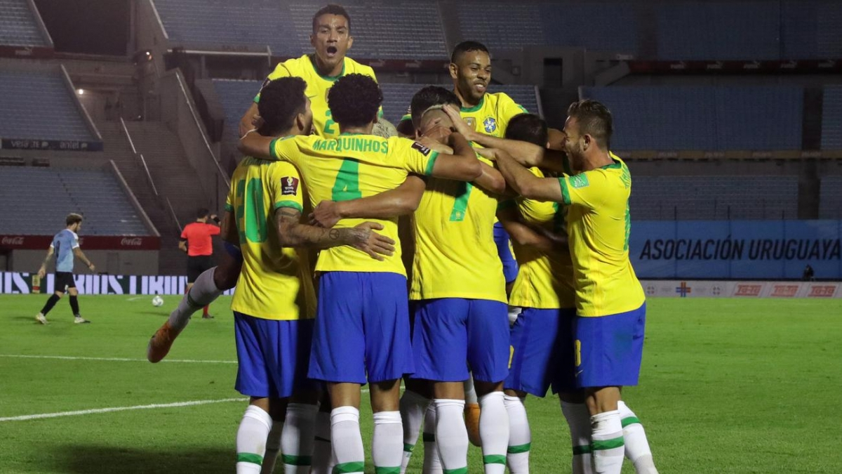 ĐT Brazil dễ dàng thắng Uruguay để duy trì thành tích toàn thắng ở vòng loại World Cup 2022. (Ảnh: Getty).